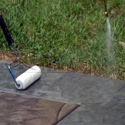 Aplicación de Hidrófugo Suelos Idroless con brocha o pulverizador
