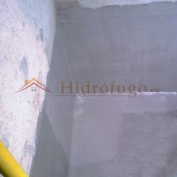 Aplicación Pintura Todoterreno Idroless selladora en zonas húmedas o con estancamiento de agua